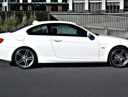 bmw 330d coupe 2010 car review aa new zealand. Black Bedroom Furniture Sets. Home Design Ideas