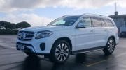 Mercedes-Benz GLS 2016 car review