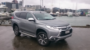 Mitsubishi Pajero Sport 2016 car review