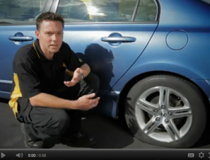 how to tell the age of a car tyre