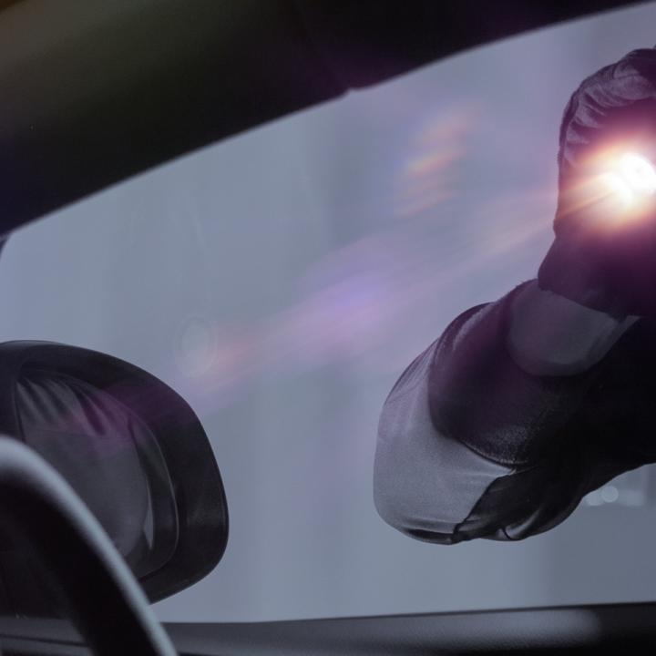 Seven tips to prevent your car from being broken into