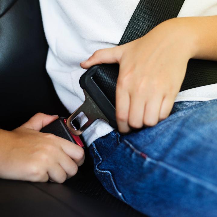 Vehicle safety for children – Restraints save lives