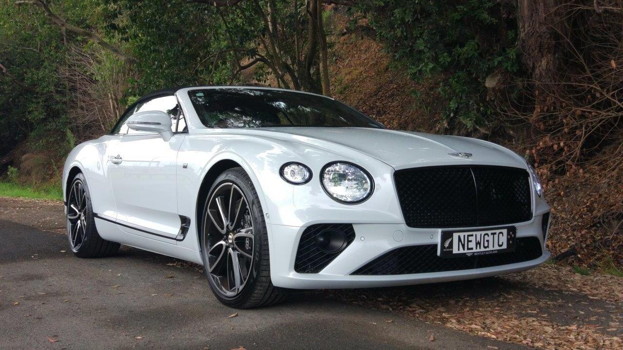 Bentley Continental GTC 2020 Car Review