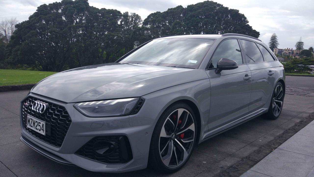 Audi RS 4 Avant 2020 Car Review