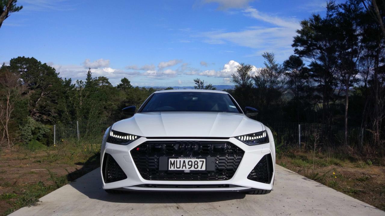 Audi RS6/RS7 2020 - Car Review