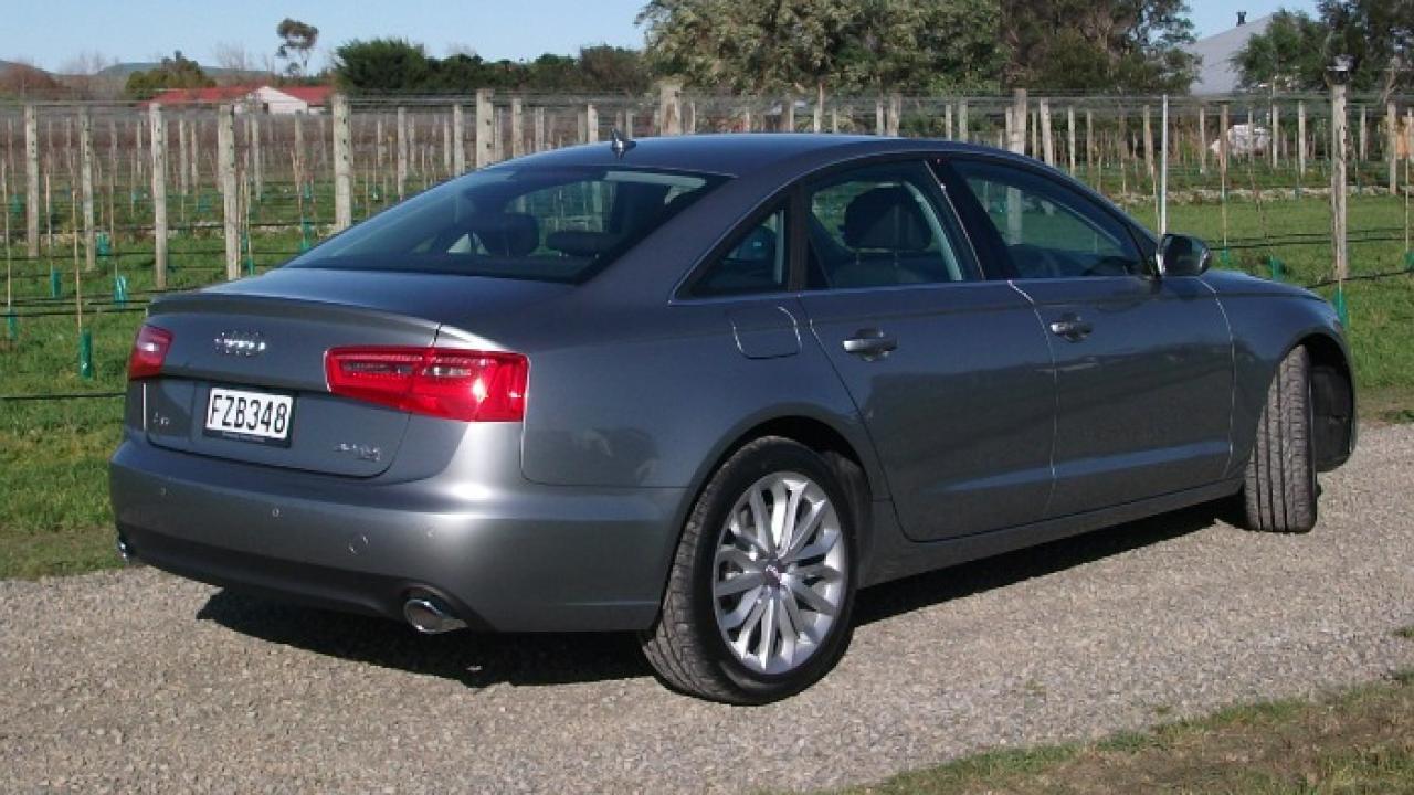 Kelebihan Audi A6 2011 Murah Berkualitas