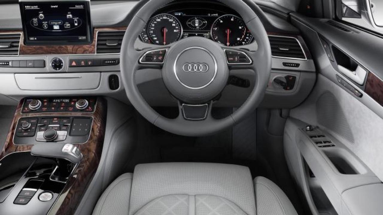Kelebihan Audi 2010 Spesifikasi