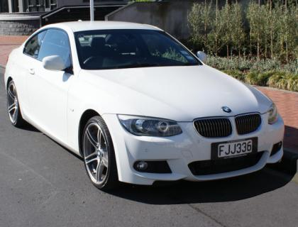 BMW D Coupe Car Review AA New Zealand - 330d bmw