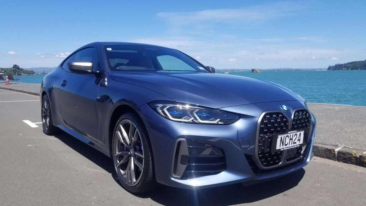BMW M440i 2021 Car Review
