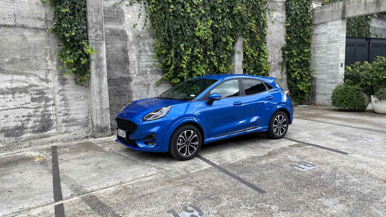 Ford Puma 2021 Car Review