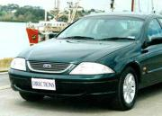 Ford AU Falcon Futura 2000 car review