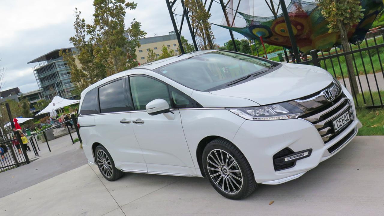 Honda Odyssey 2018 Car Review