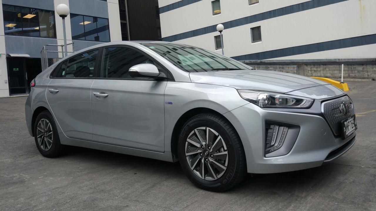 Hyundai IONIQ EV Series II 2020 Car Review