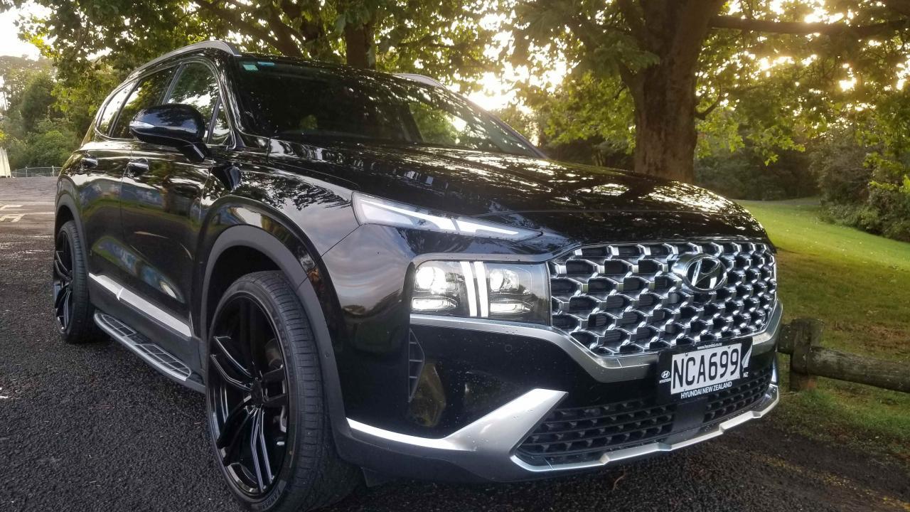 Hyundai Santa Fe 2021 Car Review