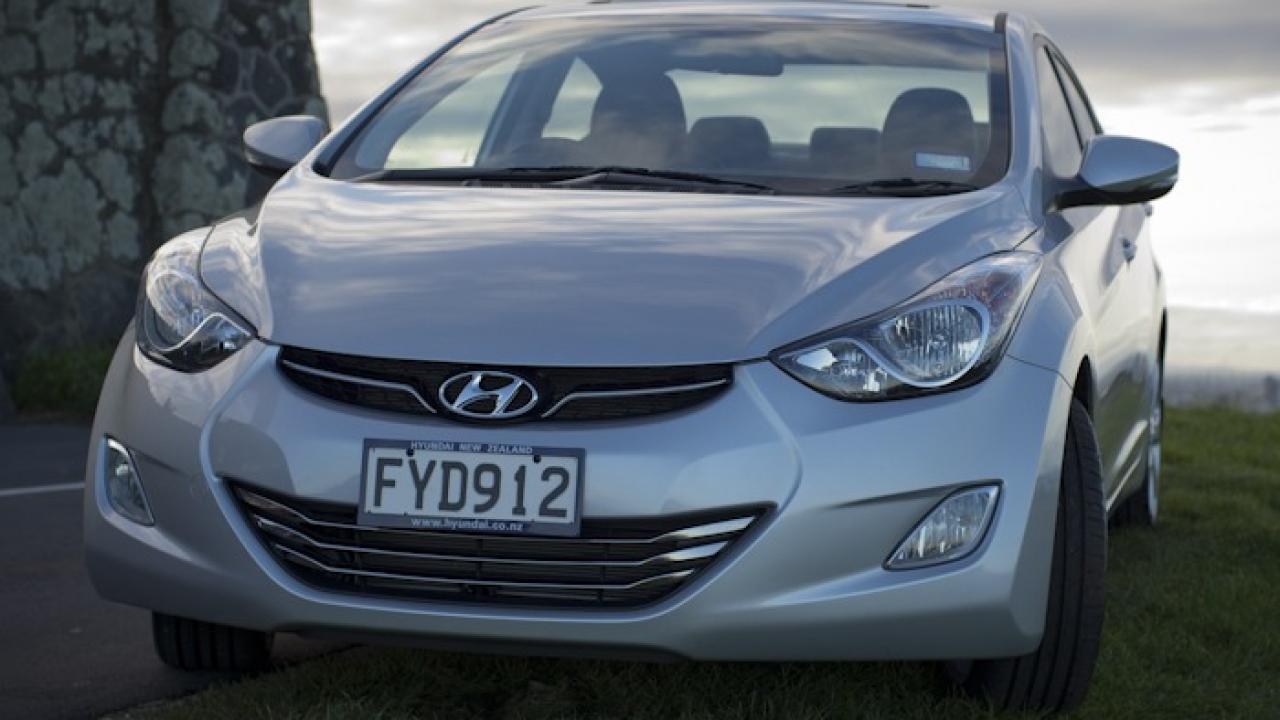Hyundai Elantra 2011 Front