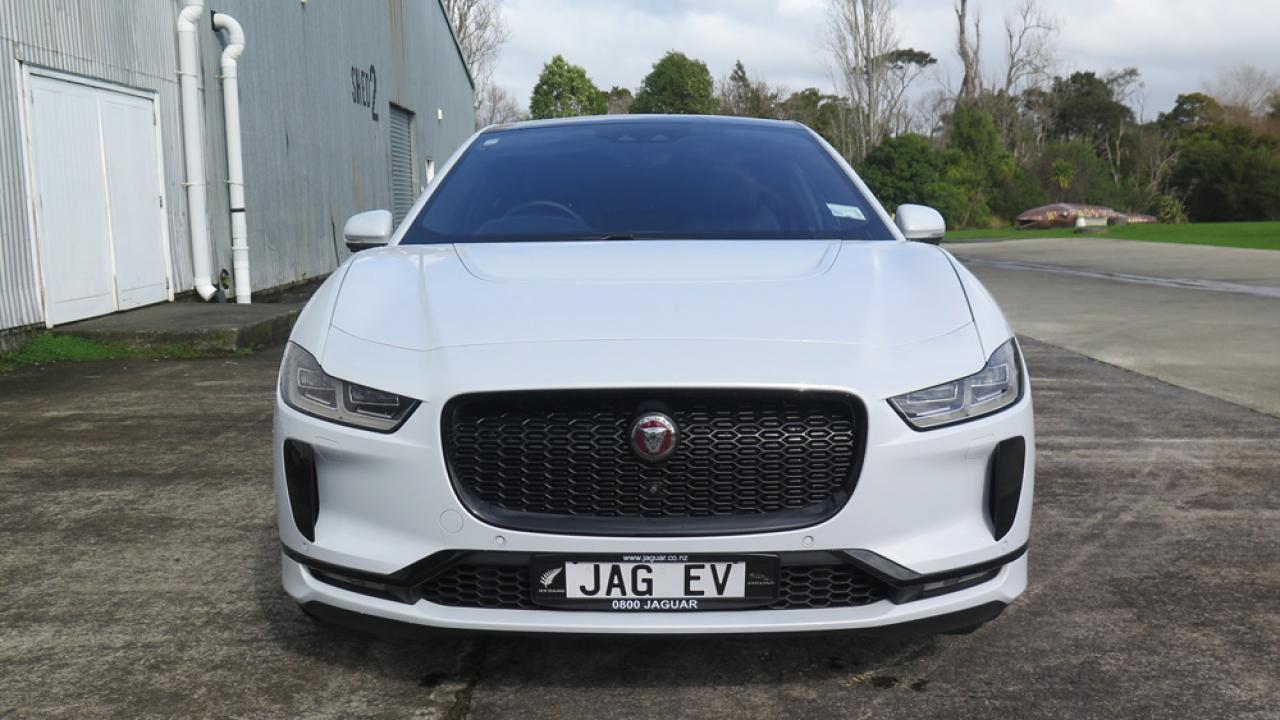 Jaguar I-Pace 2019 Car Review