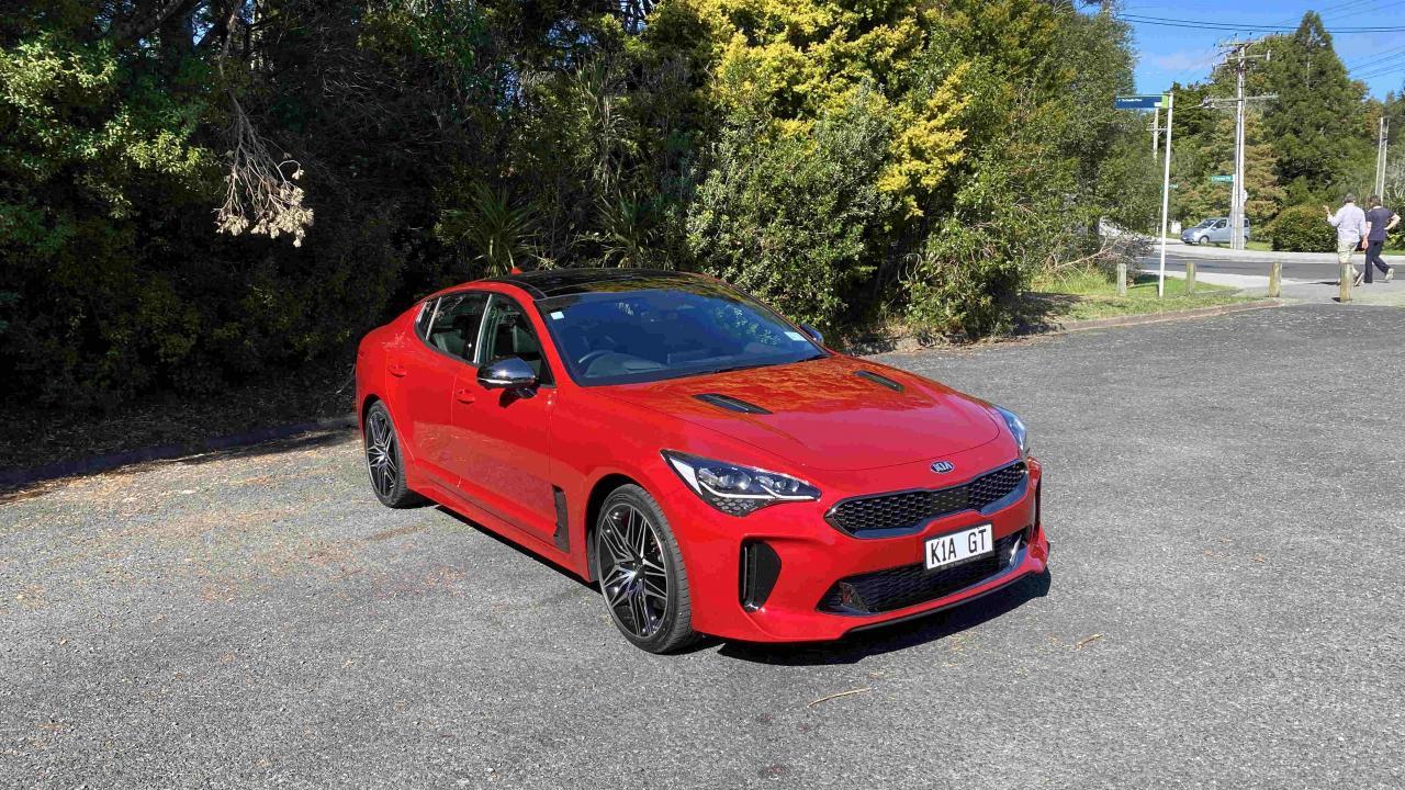 Kia Stinger 2021 Car Review