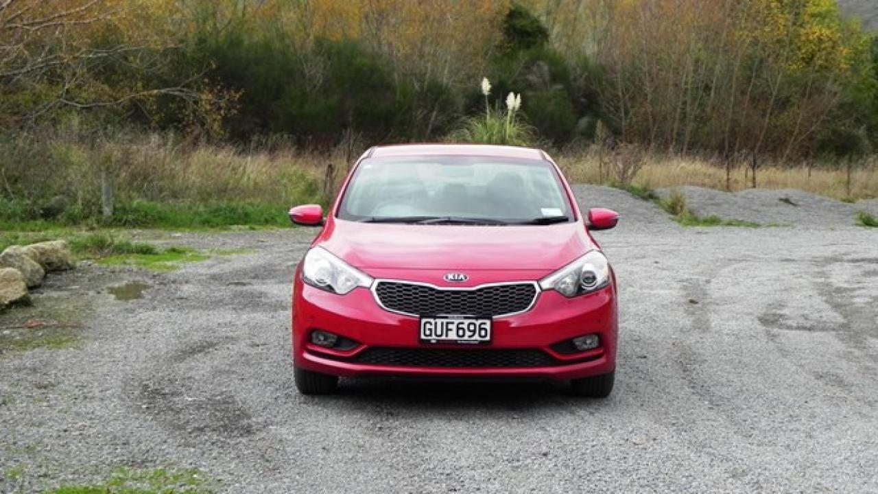 Kia Cerato 2013 new car review | AA New Zealand