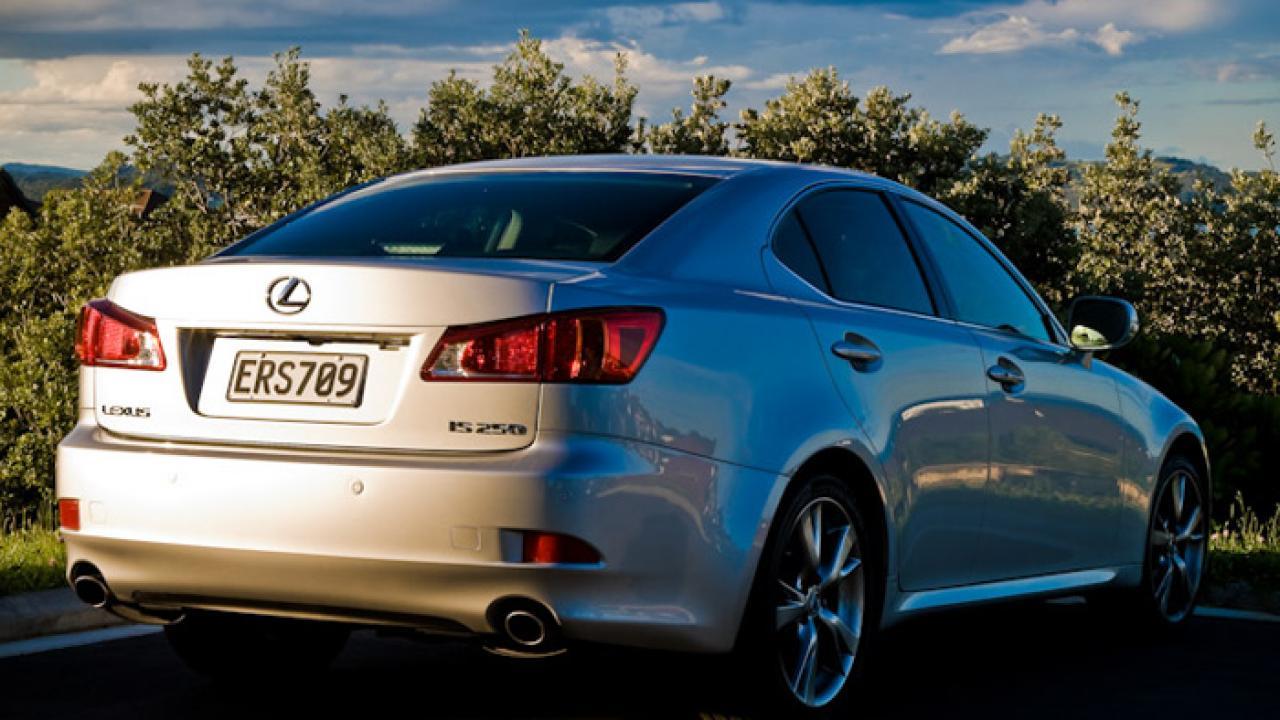 Lexus IS250 2009 02