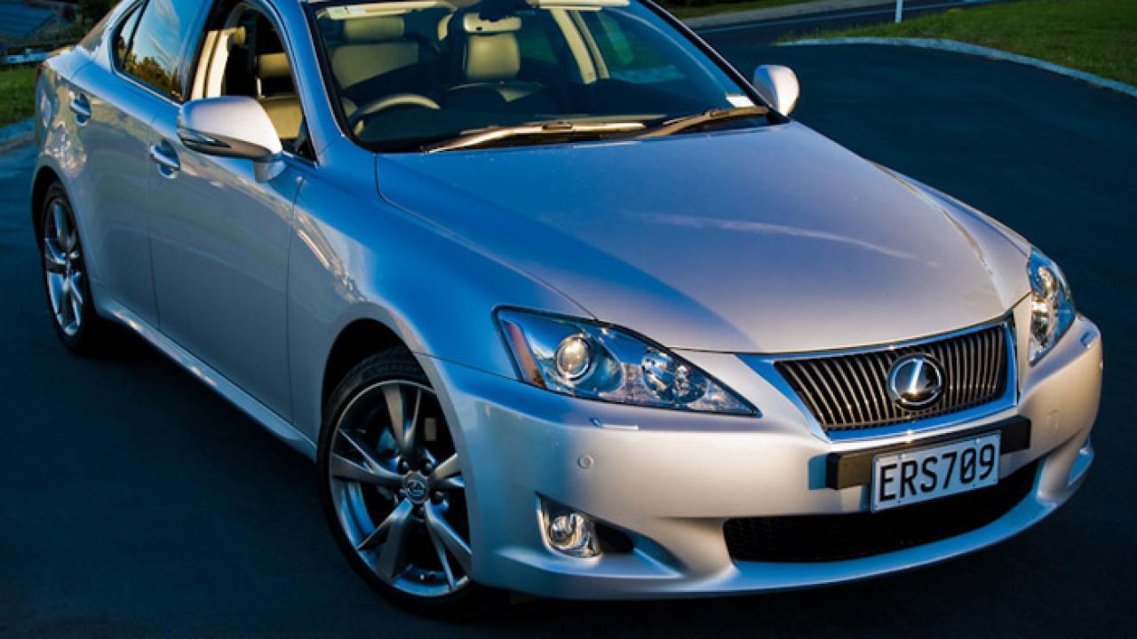 Lexus IS250 2009 04