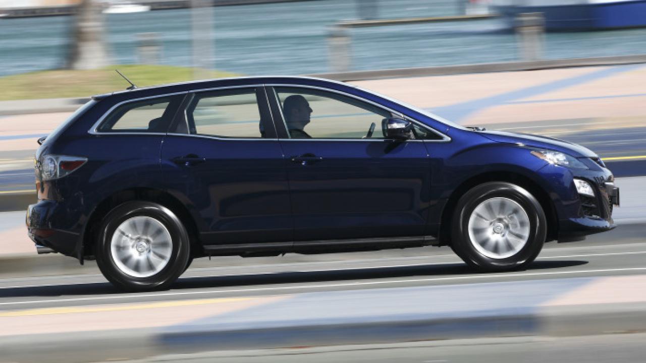 Mazda CX 7 GSX 2010 02