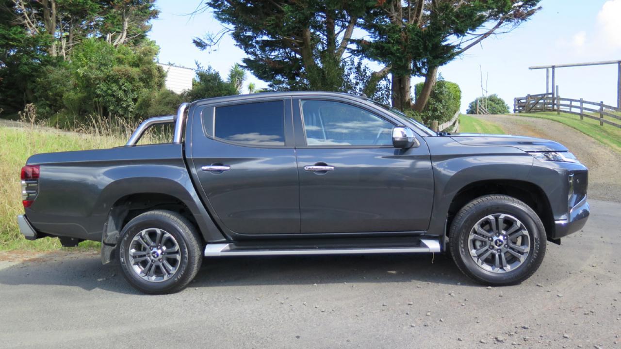Mitsubishi Triton 2019 Car Review | AA New Zealand