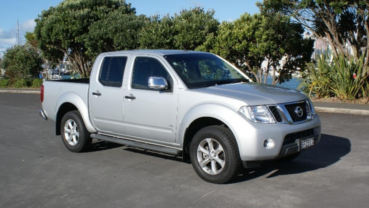 Nissan Navara STX-550 2012 Car Review | AA New Zealand