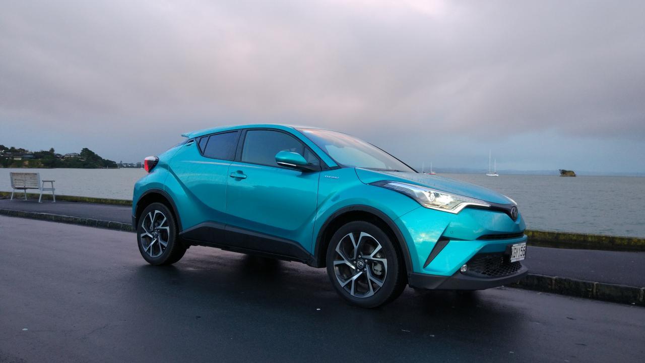 Toyota C-HR 2017 car review