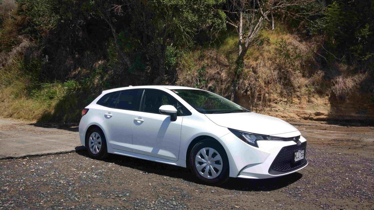 Toyota Corolla GX Wagon 2020 Car Review