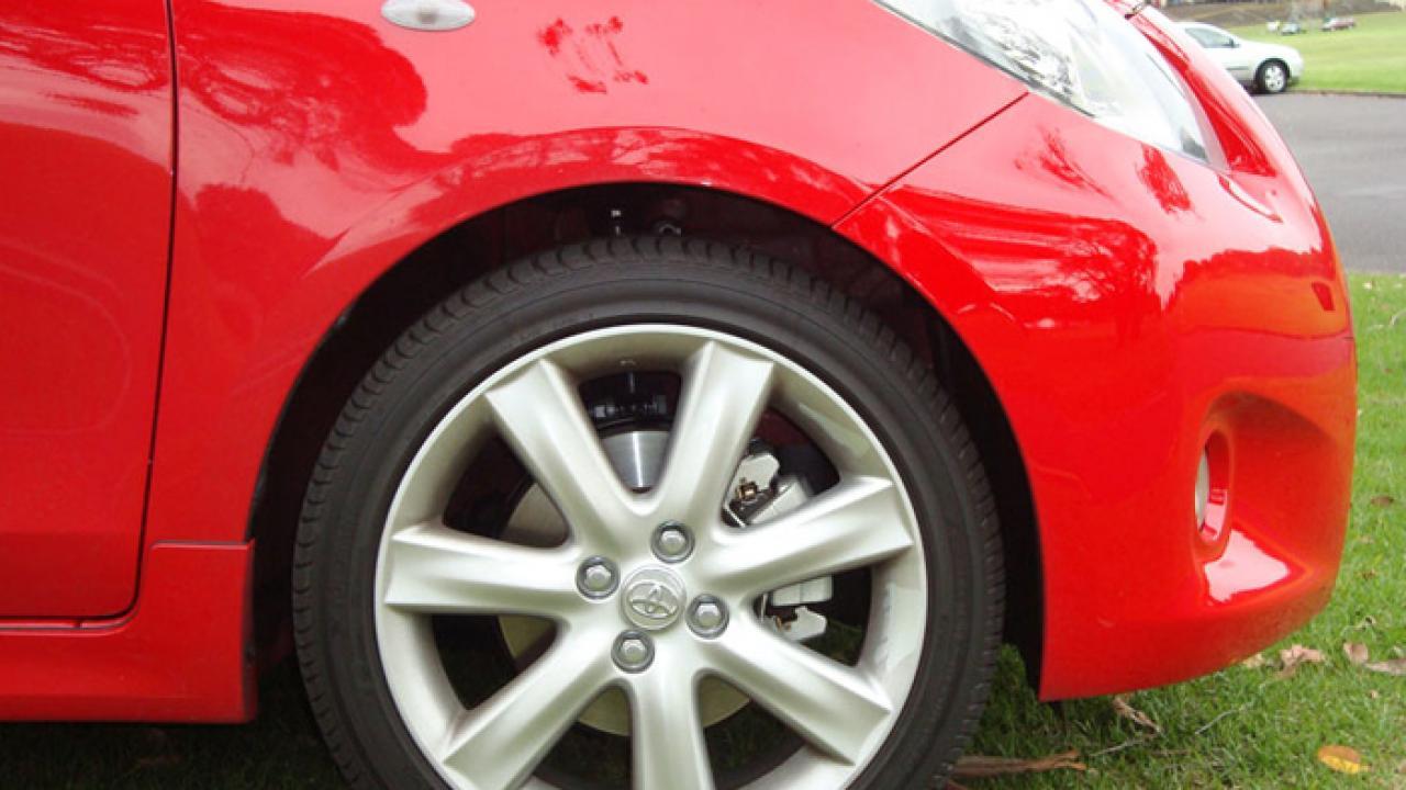 Kekurangan Toyota Yaris Rs Harga