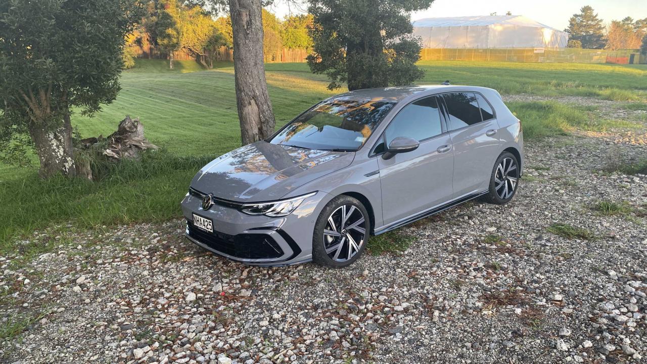 Volkswagen Golf 2021 Car Review