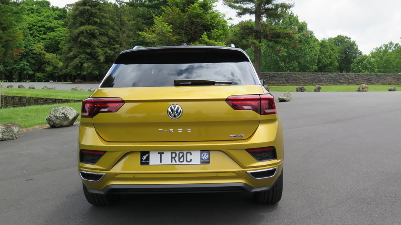 volkswagen t roc 2018 car review aa new zealand. Black Bedroom Furniture Sets. Home Design Ideas