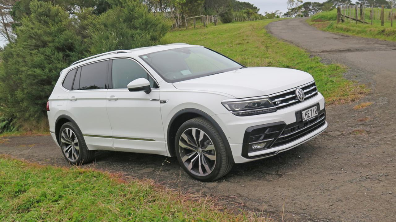 volkswagen tiguan 2018 car review aa new zealand. Black Bedroom Furniture Sets. Home Design Ideas