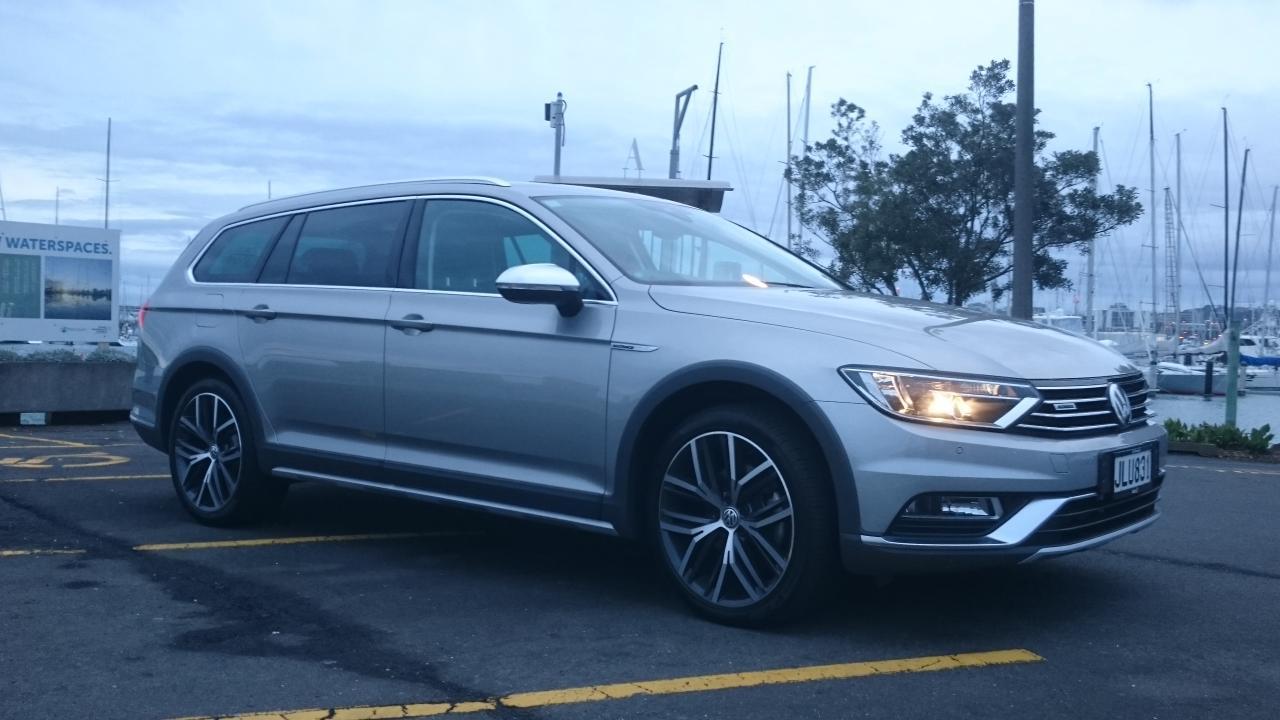 Volkswagen Pat Alltrack 2016